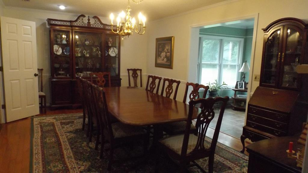 Dining Room (new paint)